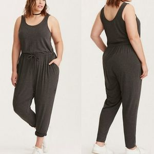 Torrid Plus Size 2 Charcoal Grey Chinched Jumpsuit